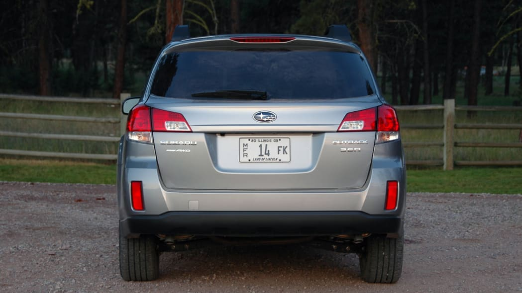 Subaru Recalls 2010 2011 Legacy Outback For Windshield