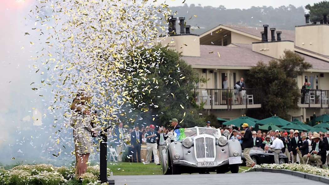 1937 Horch wins Best of Show at 59th Pebble Beach Concours d'Elegance
