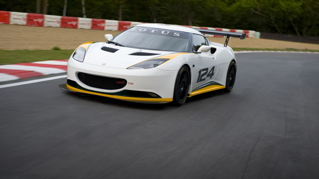 lotus_evora_type_124_front_3qtrs_moving_1