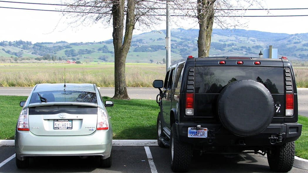 Hummers Better for Environment than Prius?