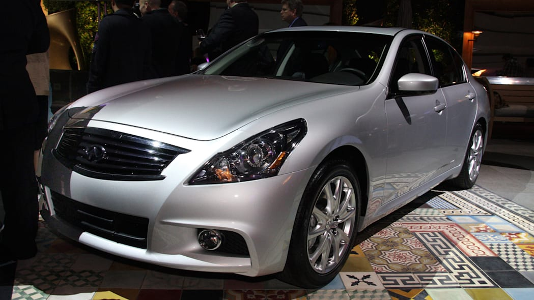 Infiniti Prices Facelifted 2010 G37 Coupe And Sedan