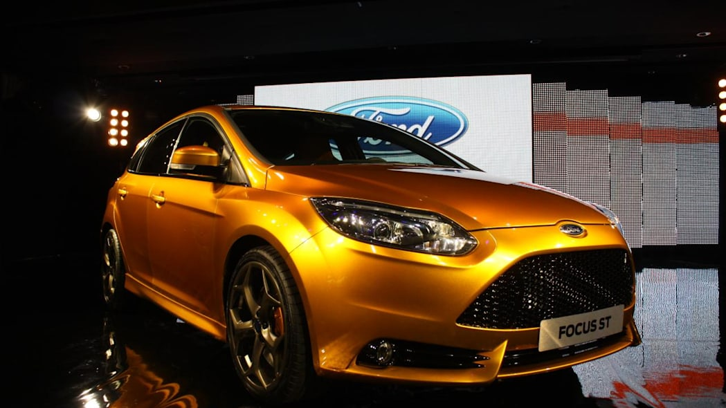 2012 Ford Focus ST front 3/4