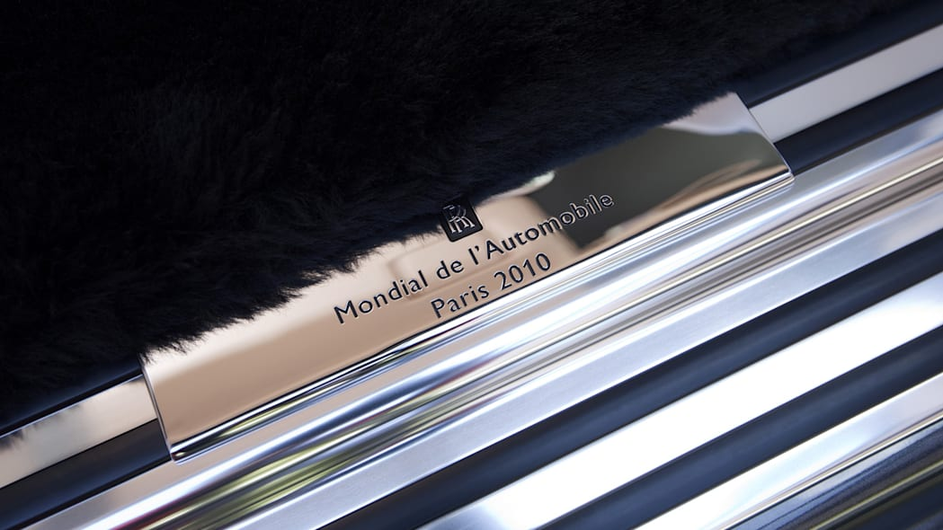 Paris Preview Rolls Royce To Feature Five Personalized