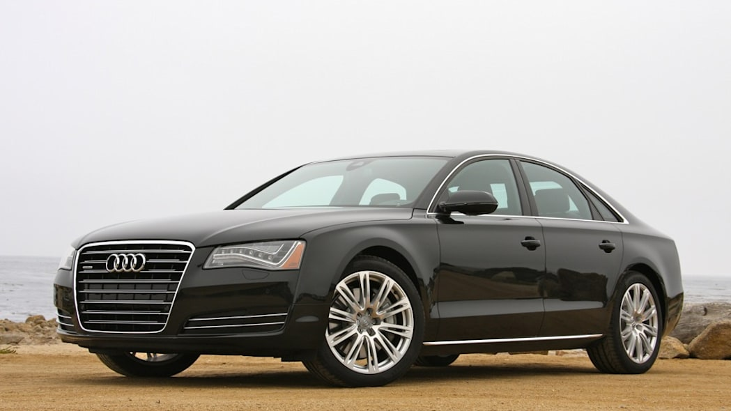 2011 Audi A8 front 3/4 view