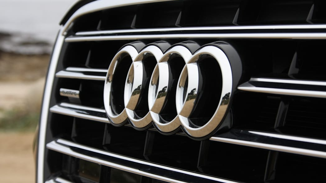 2011 Audi A8 grille badge