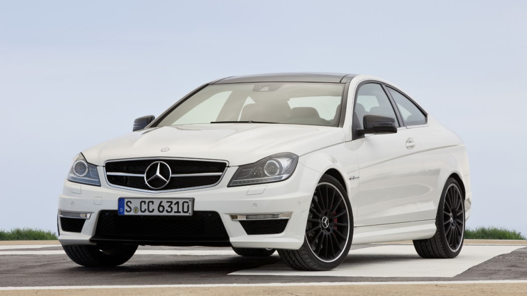 Mercedes to keep C63 AMG Coupe around through early 2015