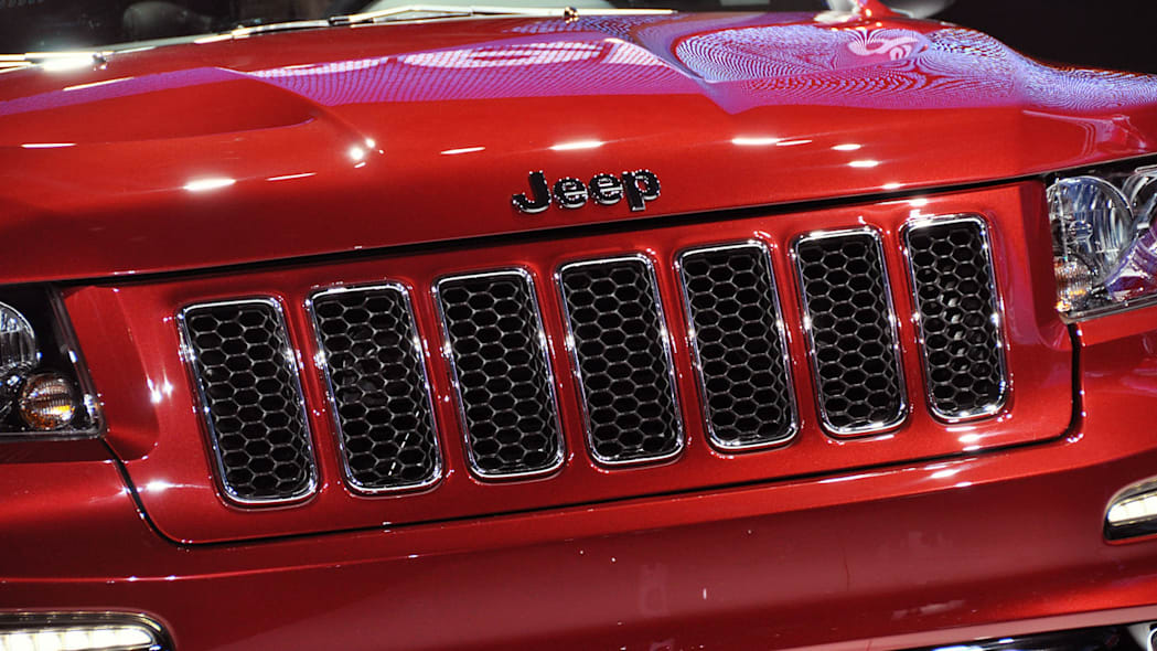 2012 Jeep Grand Cherokee SRT8 grille at the 2011 New York Auto Show