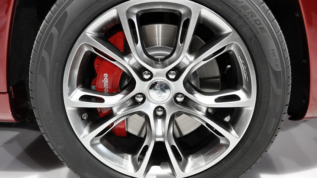 2012 Jeep Grand Cherokee SRT8 wheel at the 2011 New York Auto Show