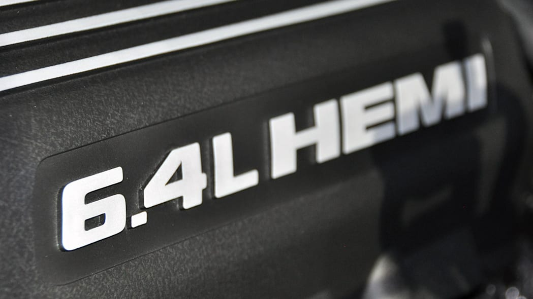 2012 Jeep Grand Cherokee SRT8 valve cover at the 2011 New York Auto Show