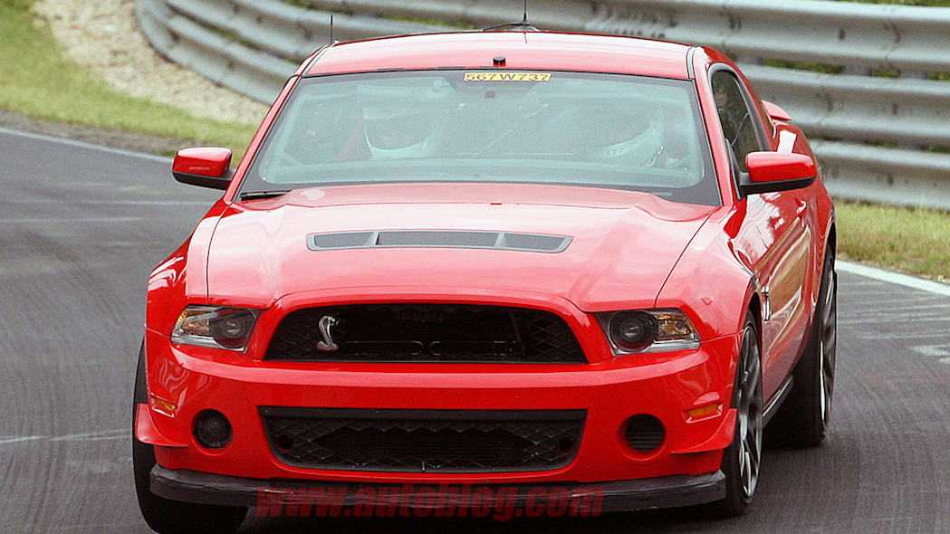 Ford Shelby GT500: Spy Shots
