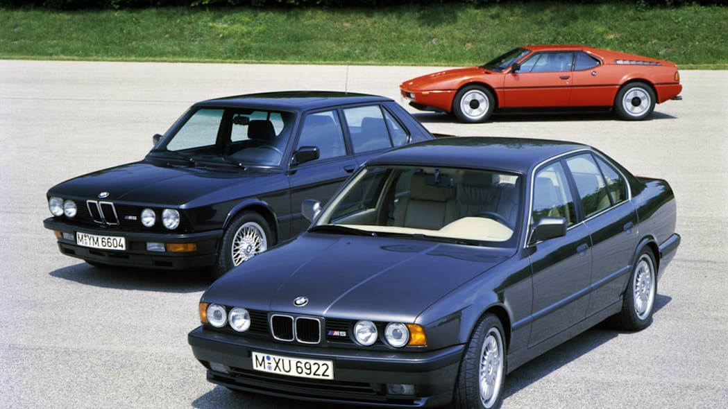 BMW M5 saloon (E 34), BMW M5 (E 28) and BMW M1 in the background