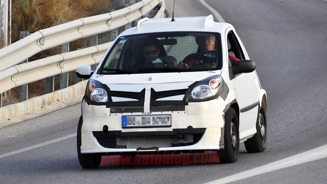 2014 Smart ForTwo test mule spy photos