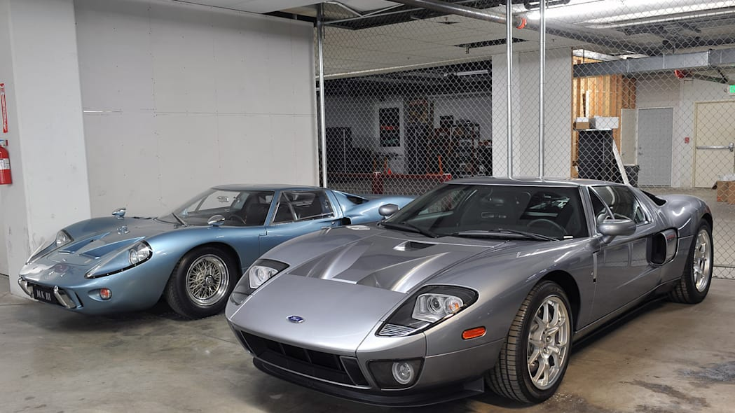 1967 Ford GT40 MkIII and 2005 Ford GT