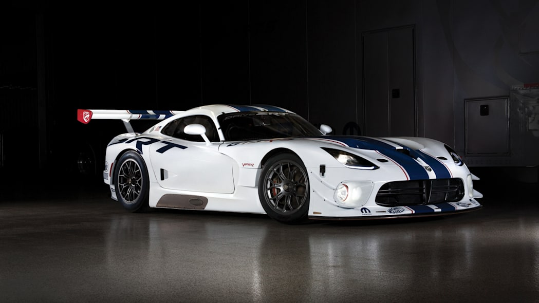 First customer team to race Viper GT3-R shaping up