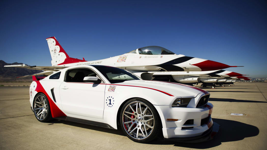 Ford builds USAF Thunderbirds Edition Mustang for charity