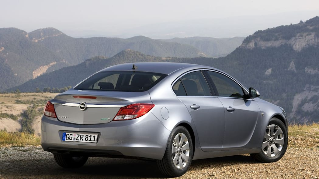 Vauxhall releases new Insignia ecoFLEX Sports Tourer with ...