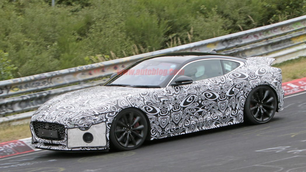 Jaguar F-Type Coupe 7