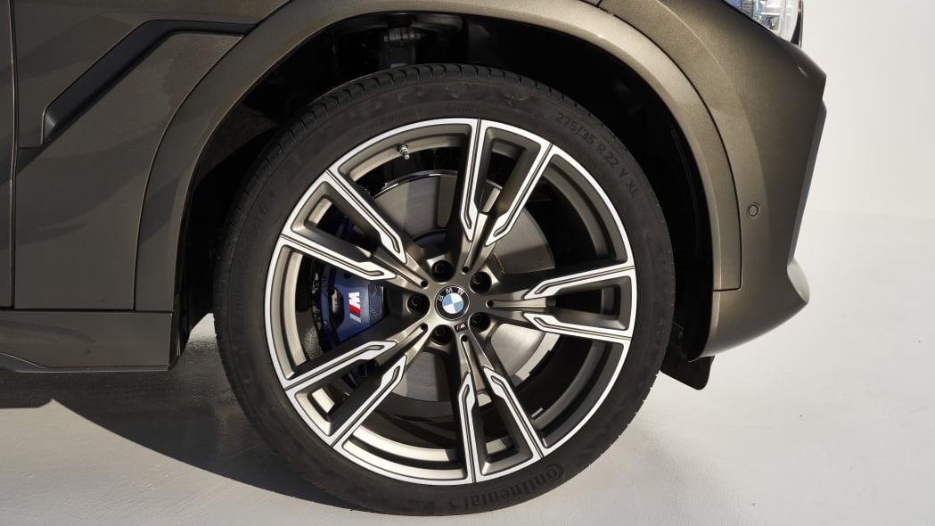 2020 BMW X6 M50i wheel