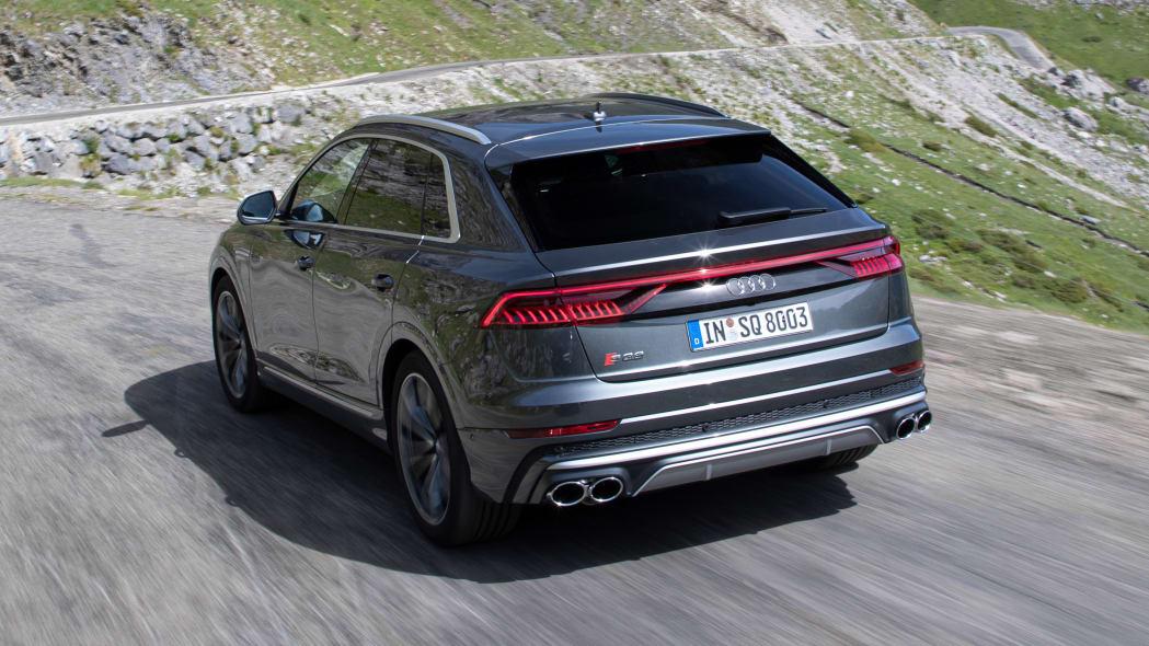 Audi SQ8 TDI in Daytona gray