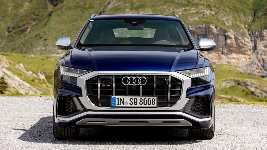 Audi SQ8 TDI in Navarra Blue