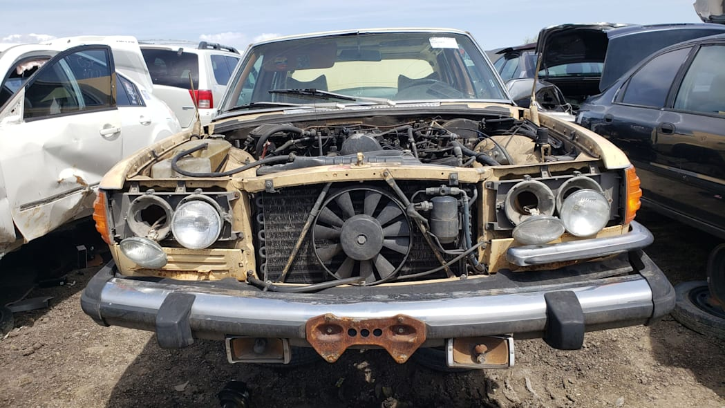 25 - 1980 Mercedes-Benz 300D in Colorado wrecking yard - photo by Murilee Martin