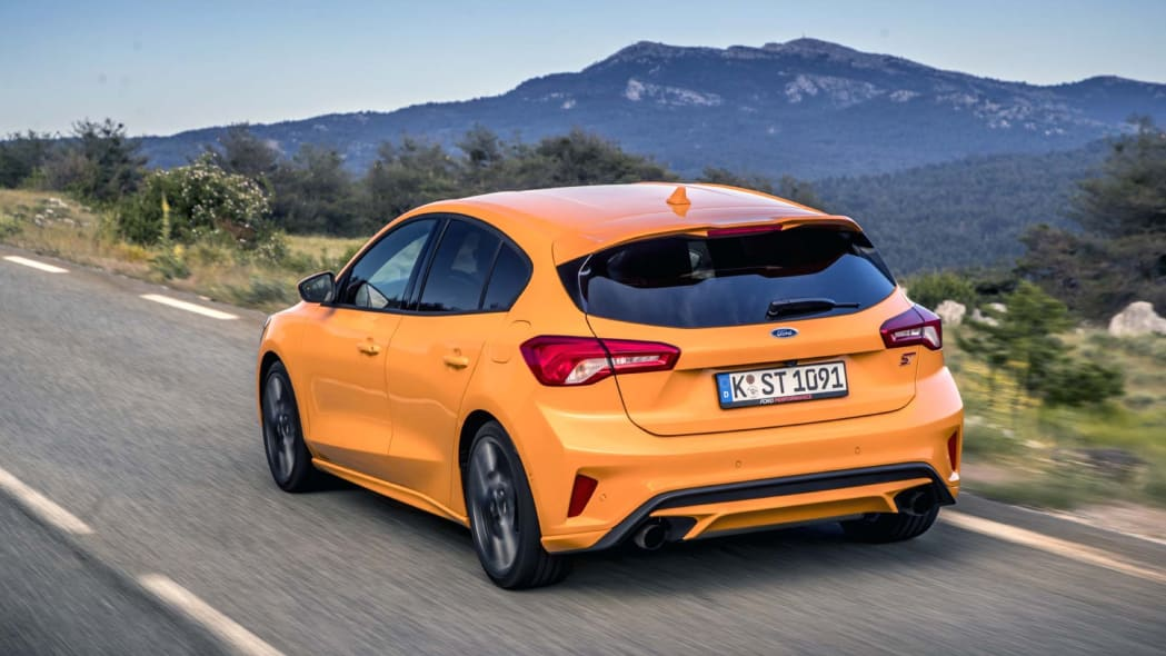 2020 ford focus st first drive review