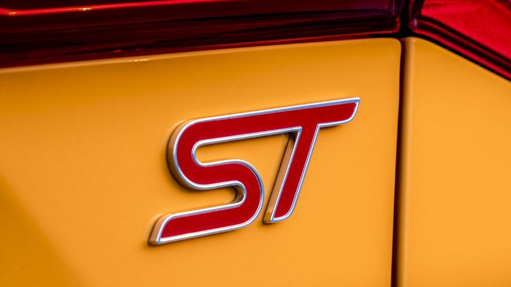 2020 Ford Focus ST Fury Orange hatchback
