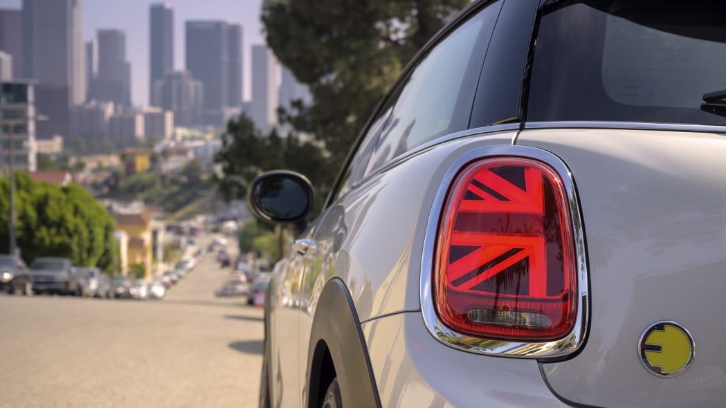 Mini Cooper SE electric hatchback taillight