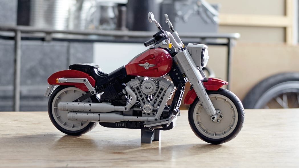 2019 Harley-Davidson Fat Boy Lego 2019 Harley-Davidson Fat Boy Lego kit from the sidekit air filter piece