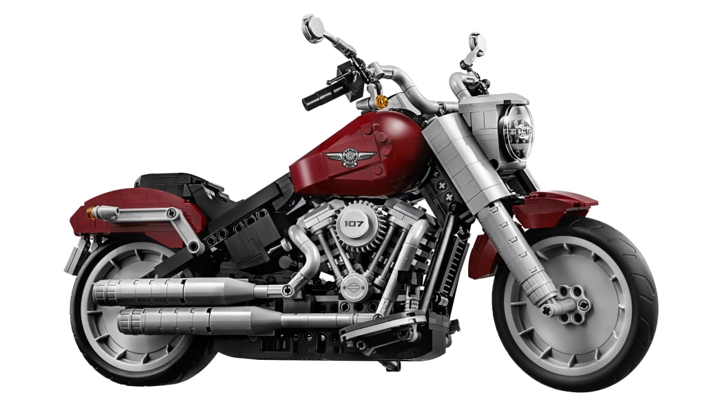 2019 Harley-Davidson Fat Boy Lego kit from the front