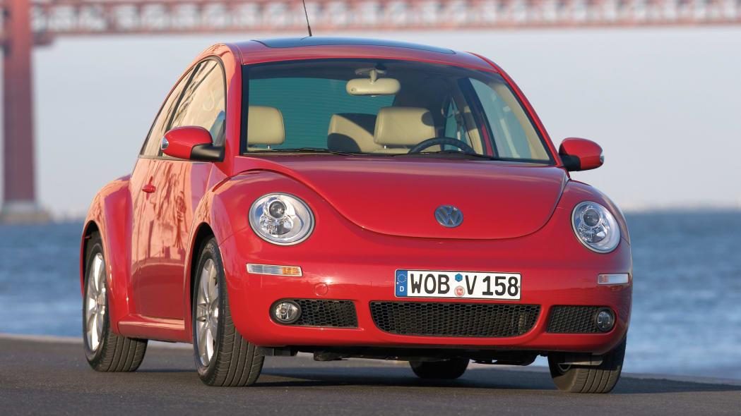 Volkswagen New Beetle refresh in red