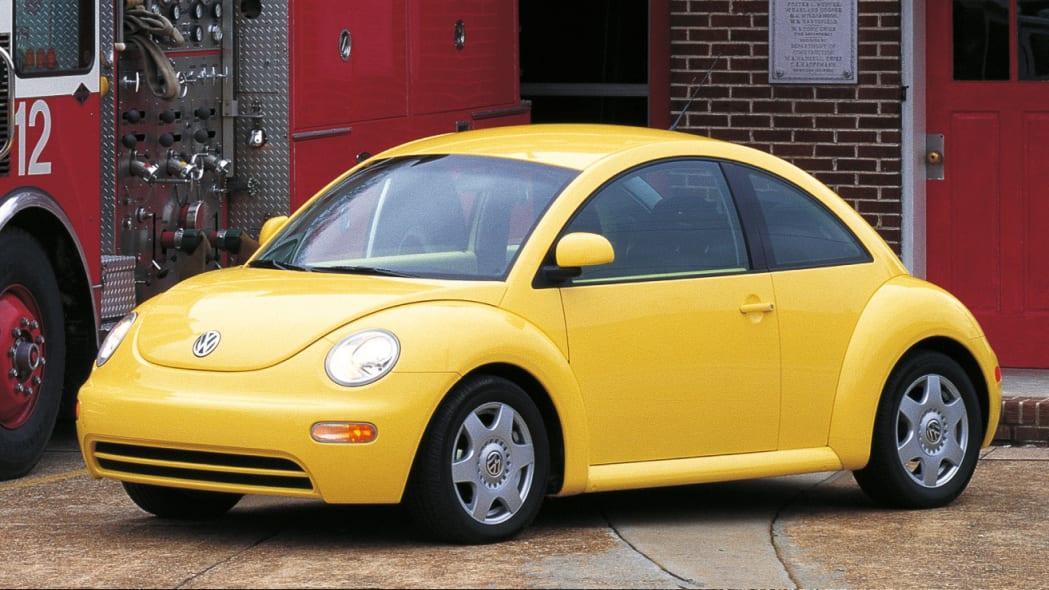 Volkswagen New Beetle in yellow