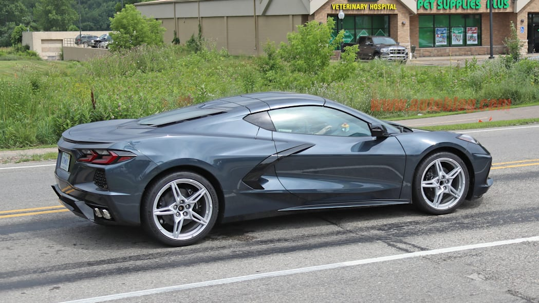2020 Chevy Corvette Stingray in dark gray