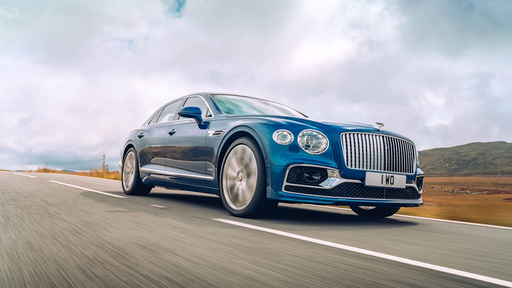 2020_bentley_flying_spur_first_edition_006
