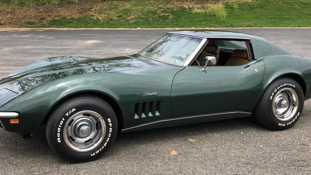 1969-chevrolet-corvette-stingray (1)