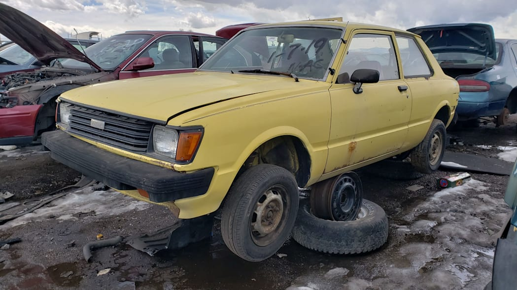 00 - 1982 Toyota Tercel in Colorado wrecking yard - photo by Murilee Martin