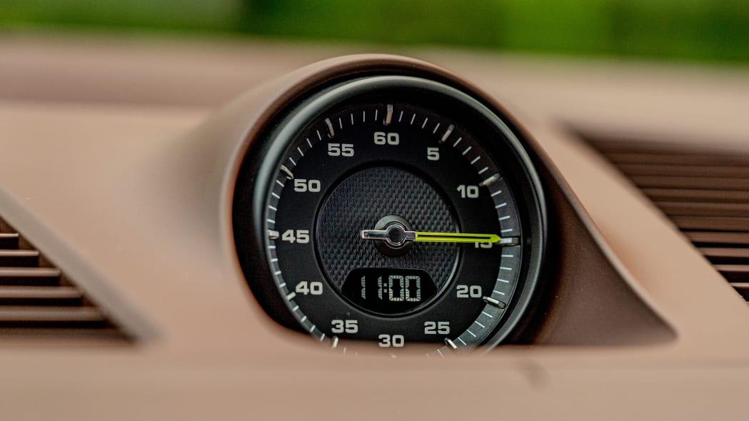 48-2020-porsche-cayenne-turbo-s-e-hybrid-fd