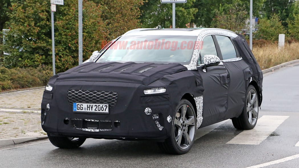 Genesis GV80 SUV spied showing off its production lights