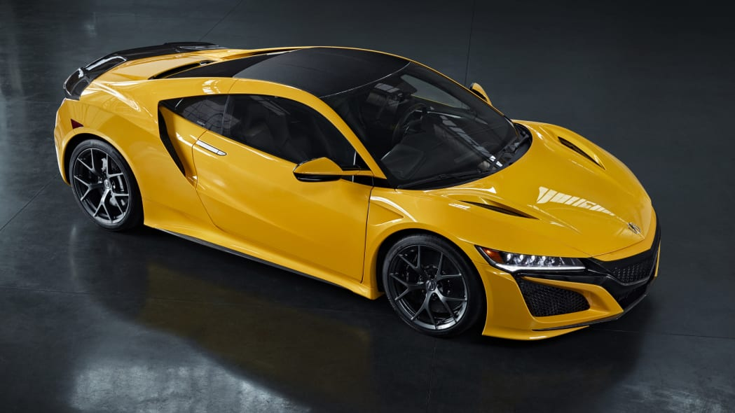 2020-acura-nsx-indy-yellow-pearl-16