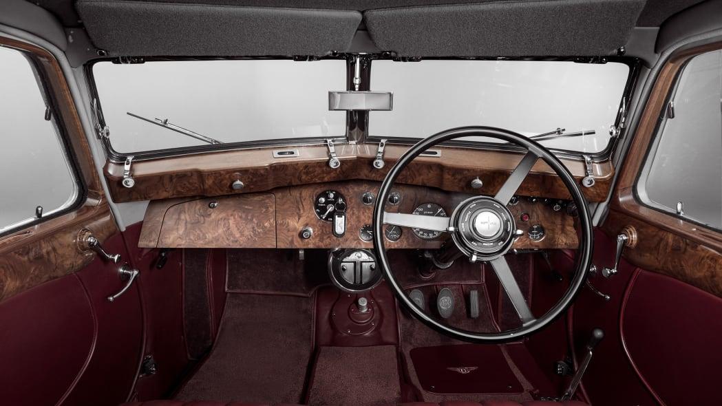 bentley-corniche-1939-9