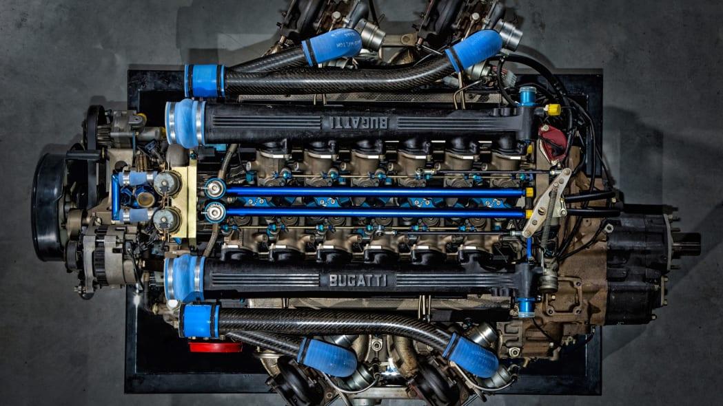 bugatti-eb110-11