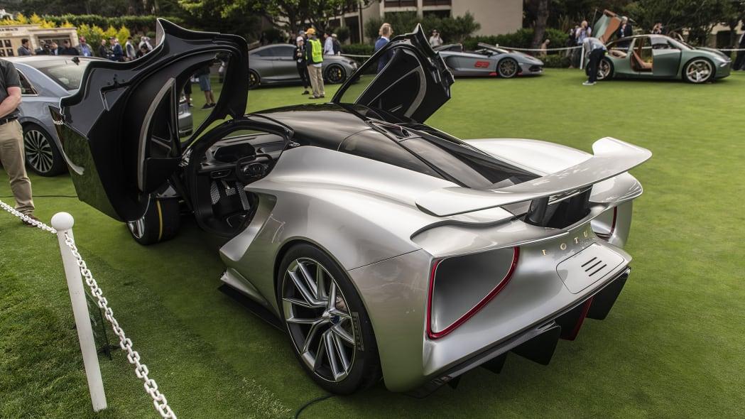 08-pebble-beach-concept-car-lawn-2019