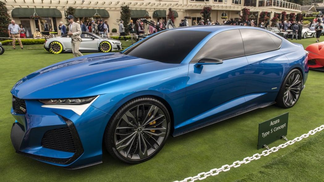 37-pebble-beach-concept-car-lawn-2019