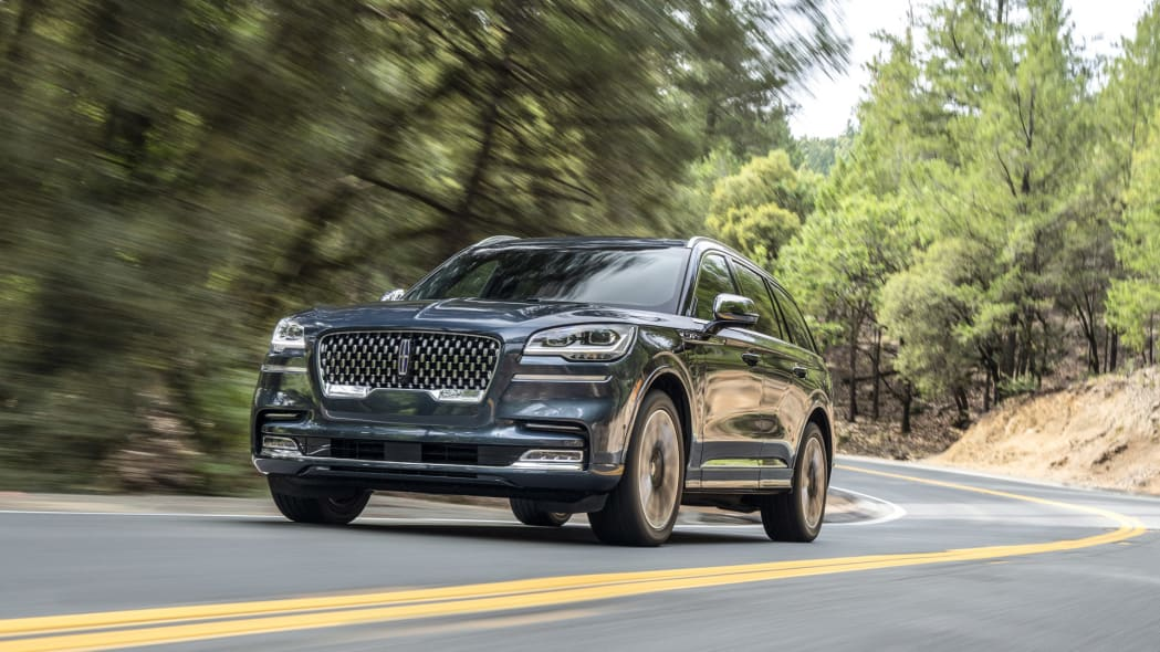2020 Lincoln Aviator Grand Touring First Drive | It's the plug-in hybrid one