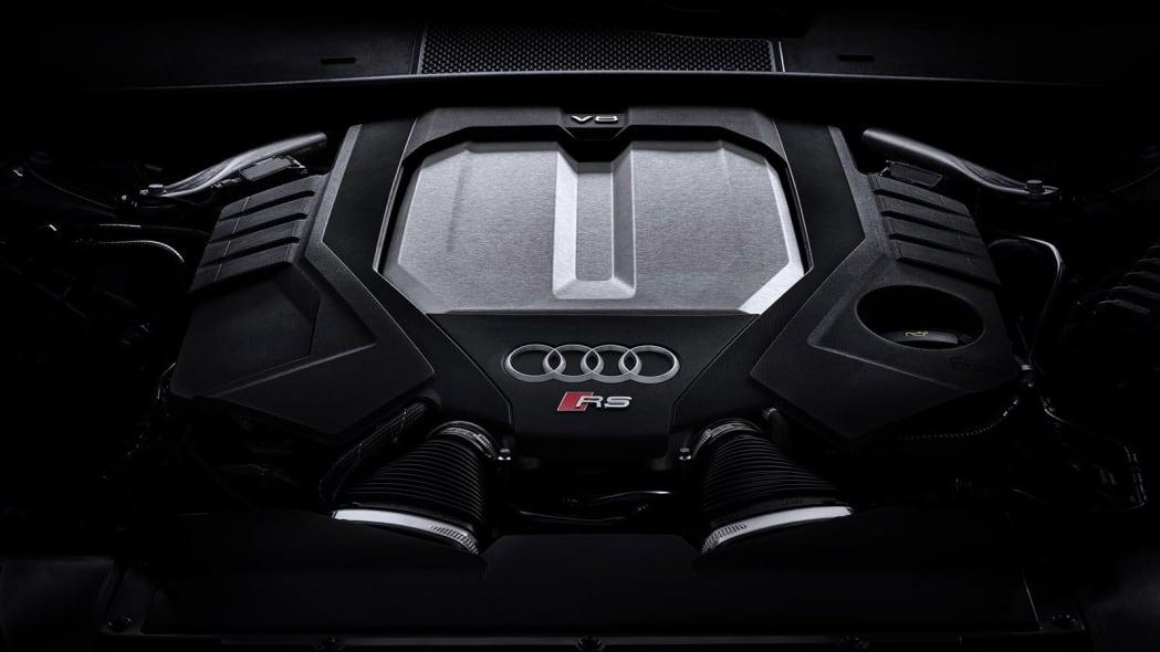 Audi-RS6-Avant-C8-309