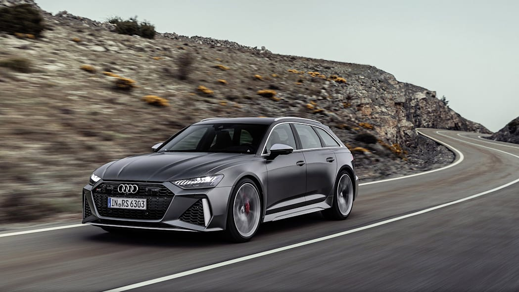 Audi-RS6-Avant-C8-296