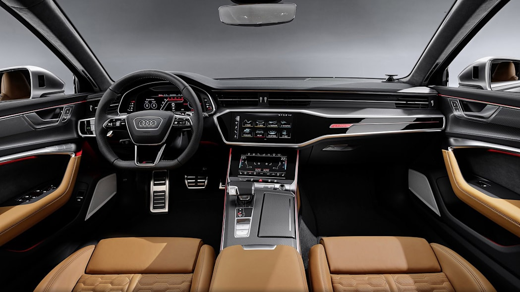 Audi-RS6-Avant-C8-299