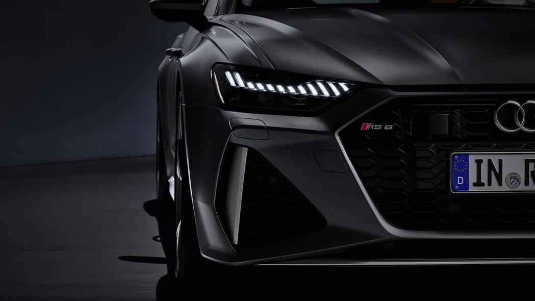 Audi-RS6-Avant-C8-305