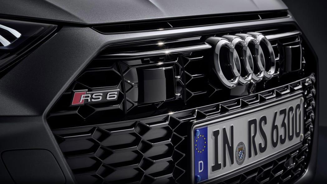 Audi-RS6-Avant-C8-307