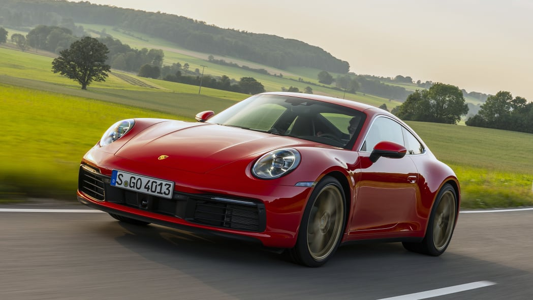 2020-porsche-911-carrera-fd-red-01